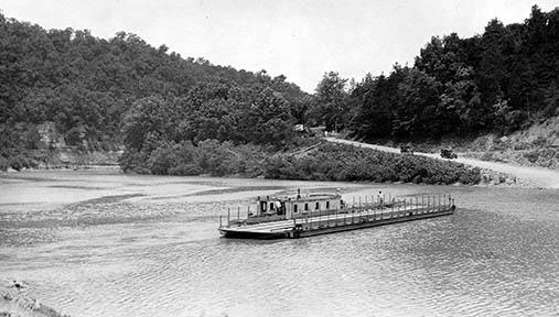 Boonesborough Ferry crossing the Kentucky River